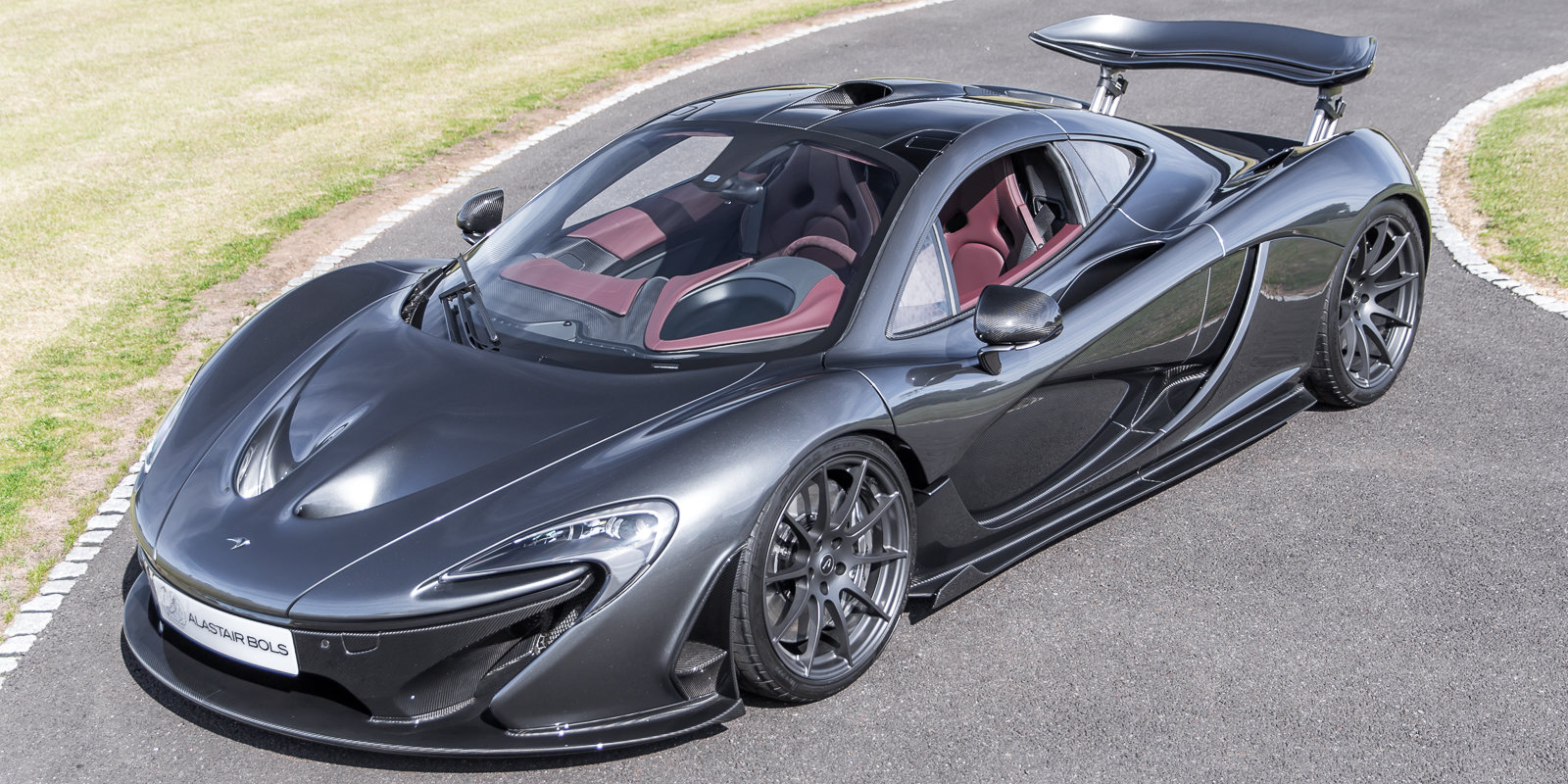 2014 McLaren P1 - UK Supplied, 1 owner & just had major service For Sale (picture 1 of 6)