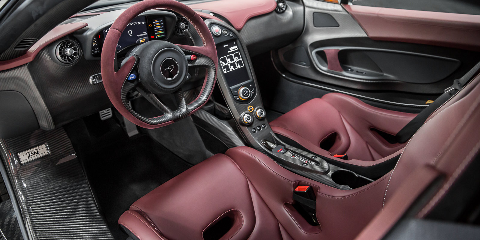 2014 McLaren P1 - UK Supplied, 1 owner & just had major service For Sale (picture 3 of 6)