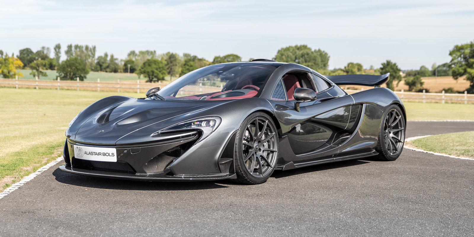 2014 McLaren P1 - UK Supplied, 1 owner & just had major service For Sale (picture 5 of 6)