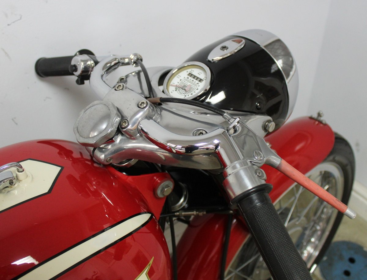 1961 Bianchi Tonale 175 cc OHC  Sport Deluxe , Gorgeous  SOLD (picture 4 of 6)