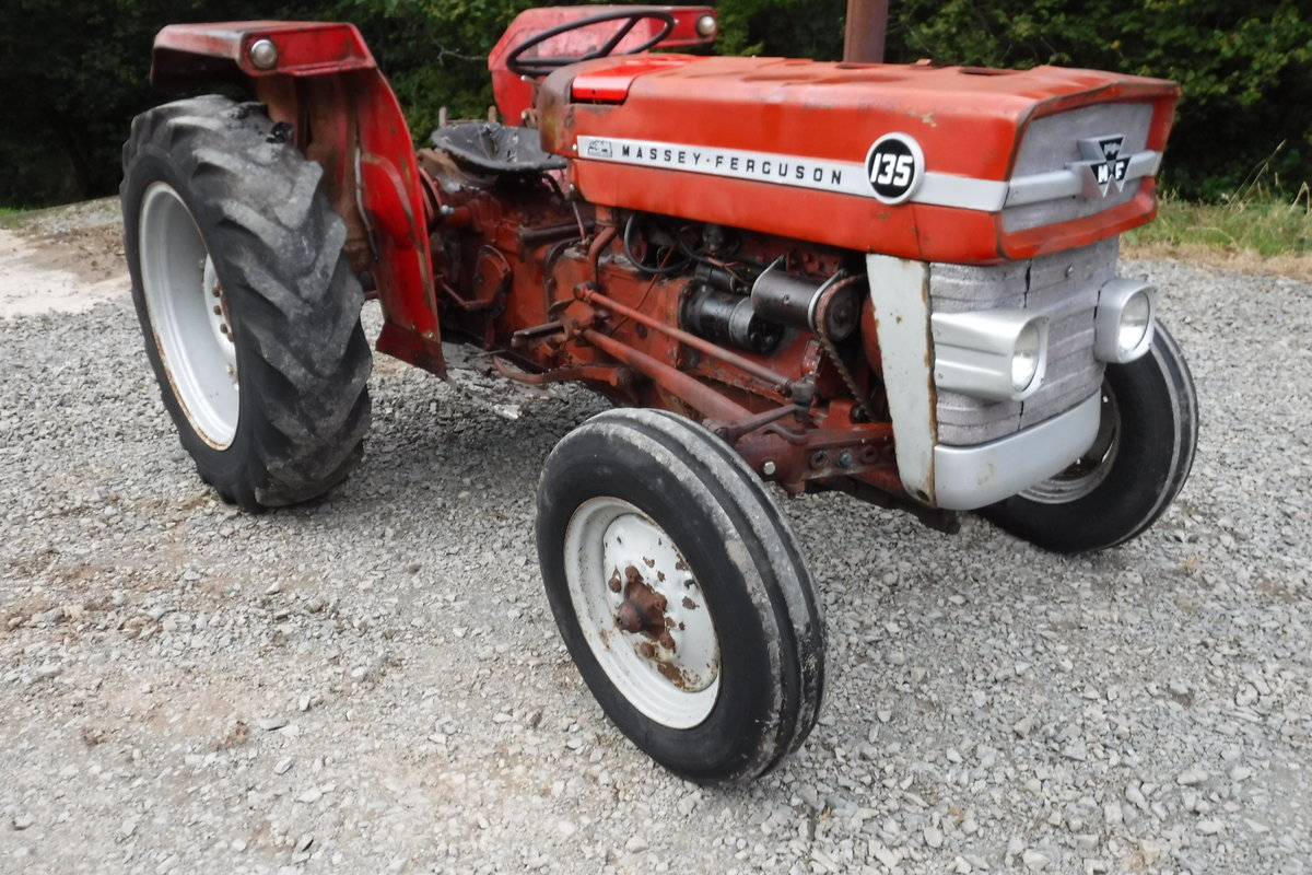 1970 MASEY FERGUSON 135 RUNNING DRIVING FIXER UP CAN DELIVER SOLD (picture 1 of 6)