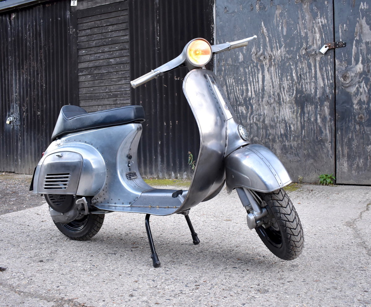 1981 PIAGGIO VESPA 100 - FULLY RESTORED - FINISHED IN RAW STEEL For Sale (picture 1 of 6)