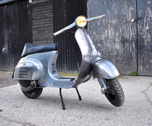 1981 PIAGGIO VESPA 100 - FULLY RESTORED - FINISHED IN RAW STEEL For Sale