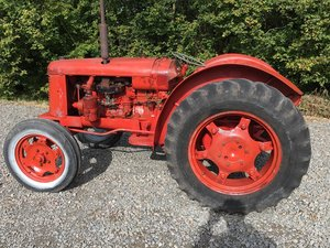 1951 DAVID BROWN CROPMASTER RUNNING DRIVING VINTGAE TRACTOR SOLD