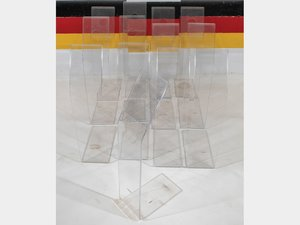 Clear Plastic Display Stands For Sale by Auction