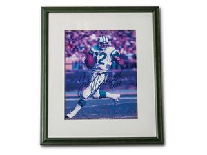 Joe Namath Autographed Framed Photograph For Sale by Auction