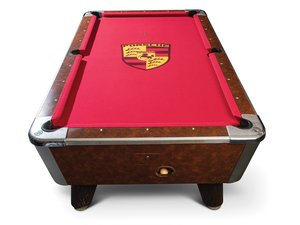 Valley Panther Black Cat Coin-Operated Pool Table For Sale by Auction