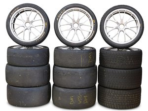 Ferrari 458 Challenge Wheels and Tyres For Sale by Auction