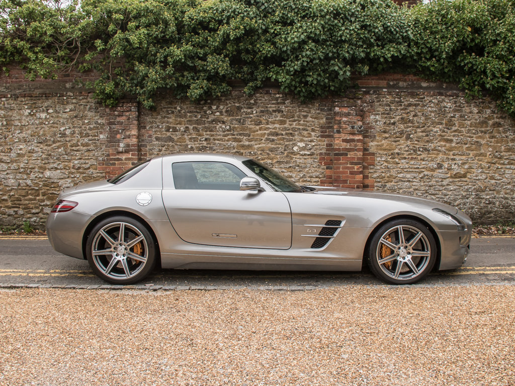 2010 Mercedes-Benz    SLS AMG For Sale (picture 1 of 18)