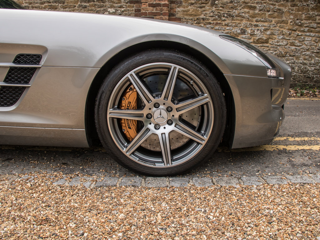 2010 Mercedes-Benz    SLS AMG For Sale (picture 10 of 18)