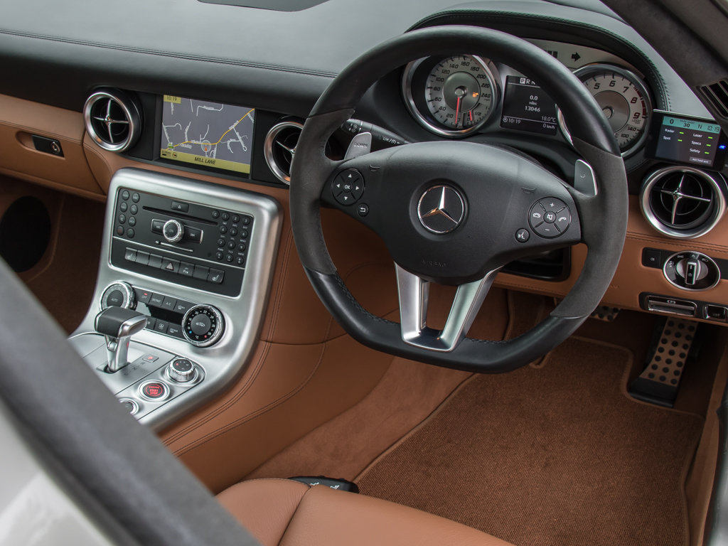 2010 Mercedes-Benz    SLS AMG For Sale (picture 16 of 18)
