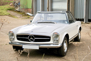 1967 Mercedes-Benz 250 SL Pagoda For Sale by Auction