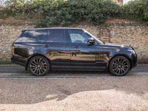 2016 Land Rover    Autobiography 4.4 SDV8