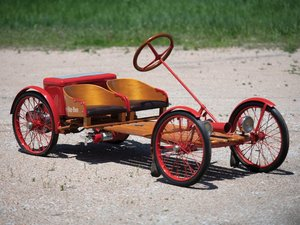 1924 Red Bug Buckboard Motorette