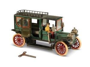 Carette Limousine 16-inch Clockwork Tin Toy Car, ca. 1910 For Sale by Auction