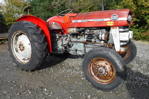 1975 MASSEY FREGUSON 135 ALL WORKS VINTAGE TRACTOR CAN DELIVER
