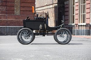 1900 Locomobile Steamer Type 2 5½hp Spindle Seat Runabout