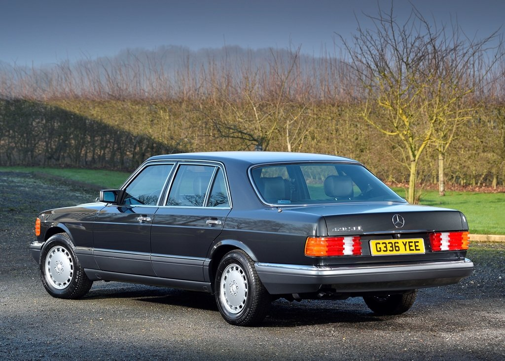 1989 Mercedes-Benz 420 SEL SOLD by Auction (picture 2 of 6)