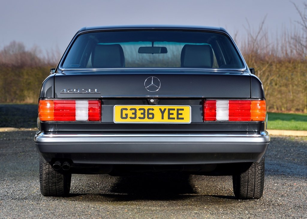 1989 Mercedes-Benz 420 SEL SOLD by Auction (picture 4 of 6)