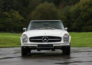 1967 Mercedes-Benz 250 SL Pagoda