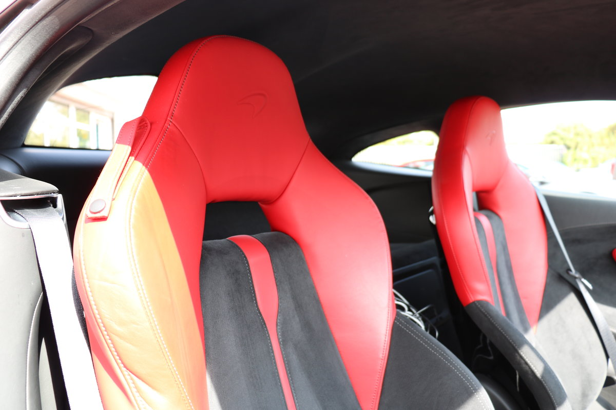 2016 McLaren 570S - Vermillion Red For Sale (picture 6 of 6)