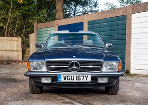 1982 Mercedes-Benz 500 SL Roadster SOLD by Auction