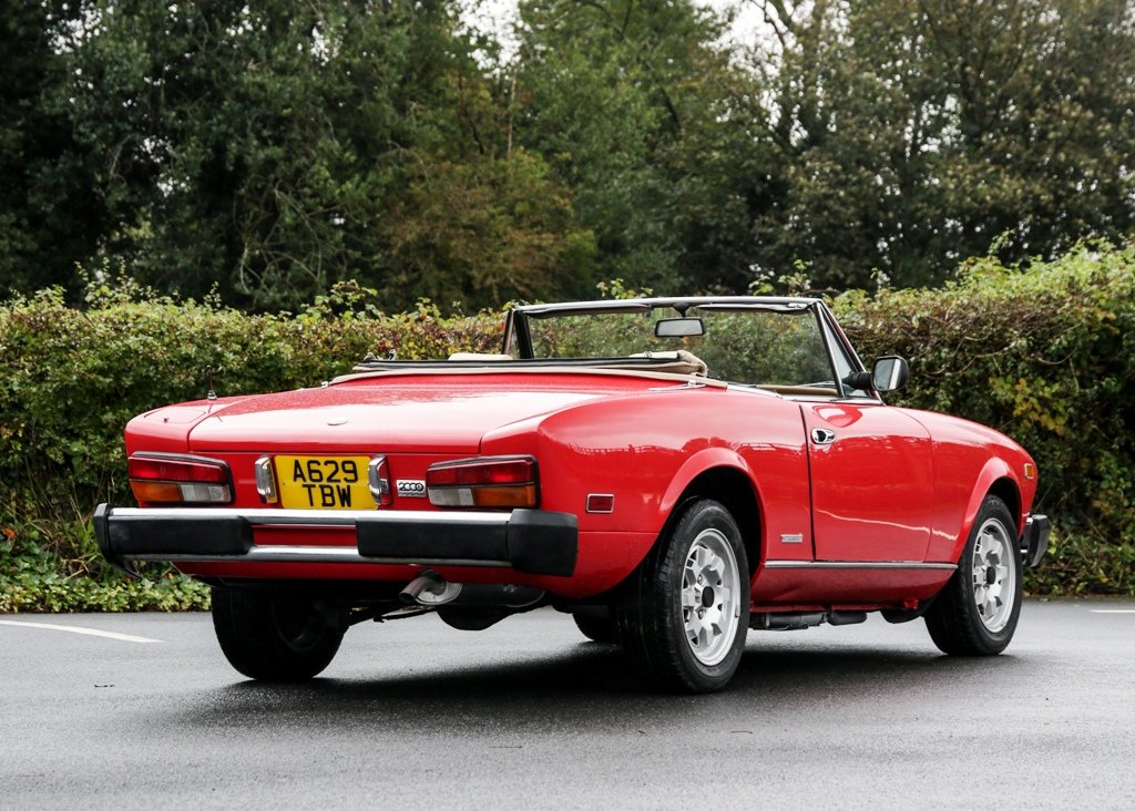 1984 Pininfarina Spider Azzurra SOLD by Auction (picture 2 of 6)