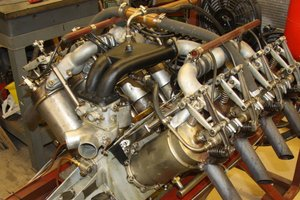 Picture of 1915 Curtiss 8.2 litre V8 Aero Engine for chain drive car SOLD