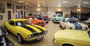 1965 Selling Your Classic? Contact Retro Classic Car Today!