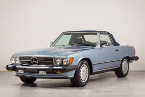 Mercedes-Benz 560SL 17 Jan 2020