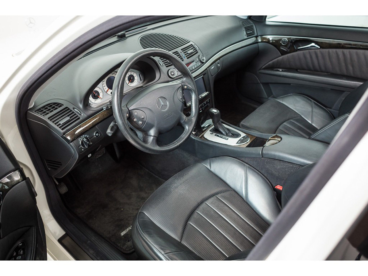 2003 Mercedes-Benz E55 AMG Saloon 17 Jan 2020 For Sale by Auction (picture 2 of 5)