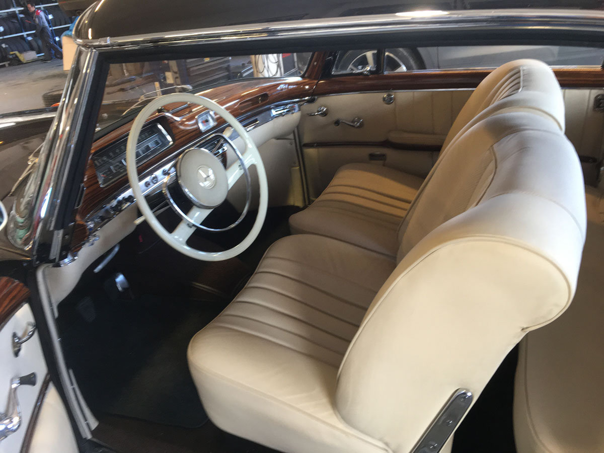 1960 Mercedes-Benz 220SE Ponton Coupe 17 Jan 2020 For Sale by Auction (picture 3 of 4)