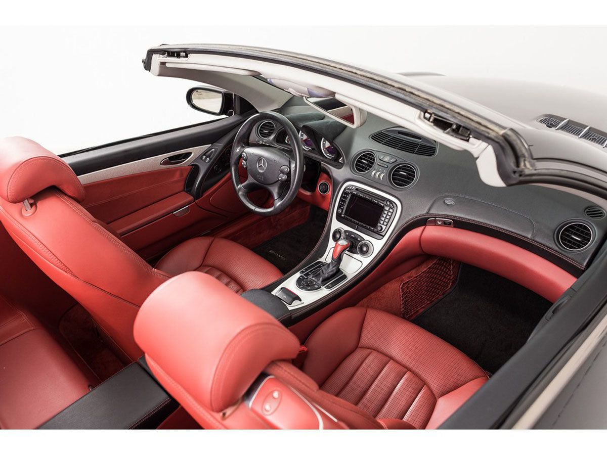 2004 Mercedes-Benz SL55 AMG 17 Jan 2020 For Sale by Auction (picture 4 of 6)