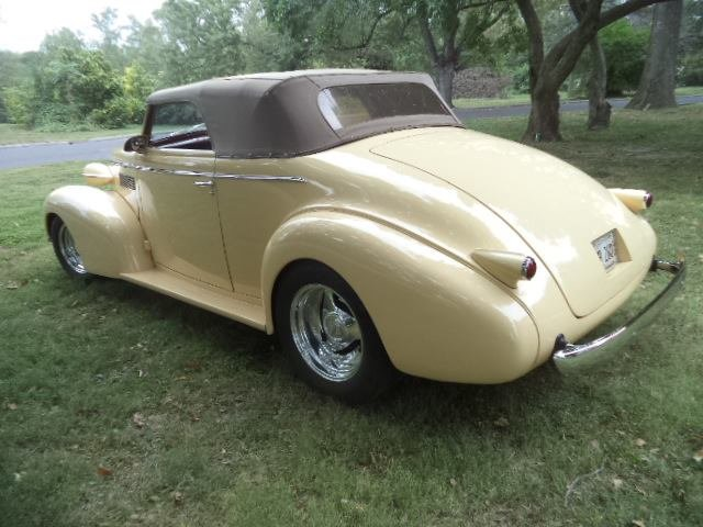 1939 LaSalle Right Hand Drive Convertible  For Sale (picture 6 of 6)