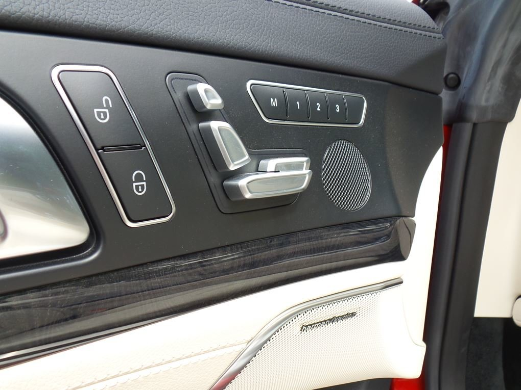 2014 Mercedes-Benz  SL 63 AMG  5.5 V8 CABRIOLET 7 SPEED AUTO  43, For Sale (picture 13 of 24)