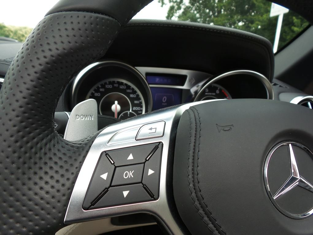 2014 Mercedes-Benz  SL 63 AMG  5.5 V8 CABRIOLET 7 SPEED AUTO  43, For Sale (picture 21 of 24)