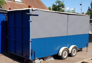 1984 Purpose-built trailer for car transport or exhibition use