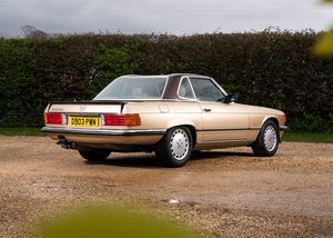 1986 Mercedes-Benz 500 SL Roadster SOLD by Auction