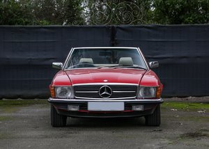 1982 Mercedes-Benz 500 SL Roadster For Sale by Auction