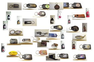 0000 VINTAGE AND CLASSIC KEYRINGS 203 PIECES For Sale
