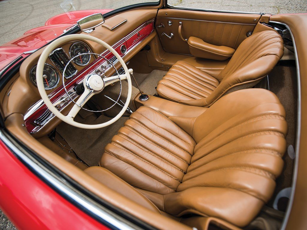 1957 Mercedes-Benz 300 SL Roadster  For Sale by Auction (picture 4 of 6)
