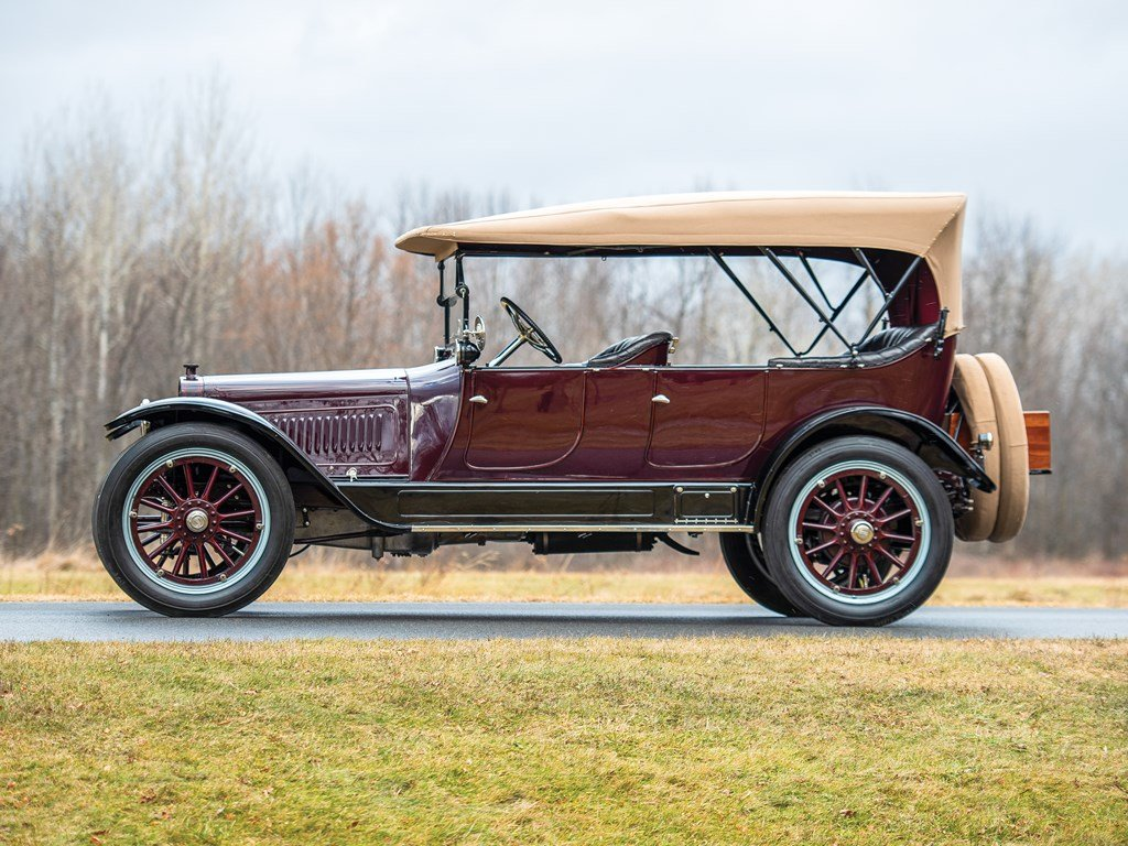 1915 Lozier Type 82 Seven-Passenger Touring  For Sale by Auction (picture 5 of 6)