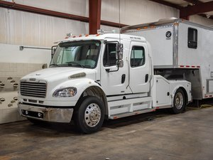 2007 Freightliner Business Class M2 Crew Cab