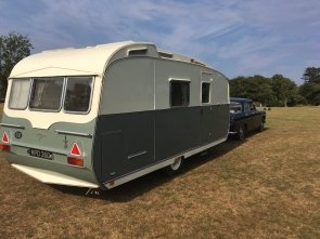 1964 Carlight Continental 4 Berth Tourer Caravan For Sale (picture 1 of 6)