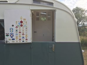 1964 Carlight Continental 4 Berth Tourer Caravan For Sale (picture 2 of 6)