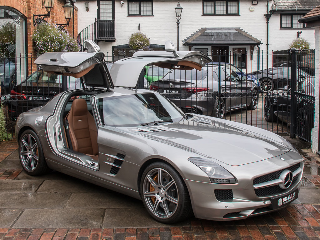 2010 Mercedes-Benz    SLS AMG For Sale (picture 9 of 18)