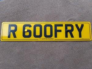 R GODFRY R600 FRY