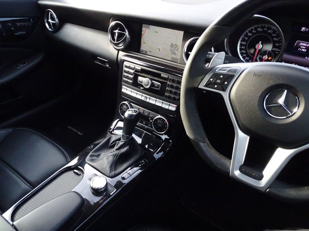 2015 Mercedes-Benz  SLK 55 AMG  CABRIOLET 7 SPEED AUTO  24,948 For Sale (picture 6 of 23)
