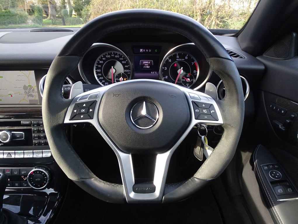 2015 Mercedes-Benz  SLK 55 AMG  CABRIOLET 7 SPEED AUTO  24,948 For Sale (picture 7 of 23)