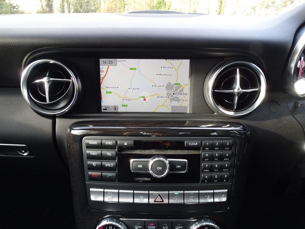 2015 Mercedes-Benz  SLK 55 AMG  CABRIOLET 7 SPEED AUTO  24,948 For Sale (picture 14 of 23)